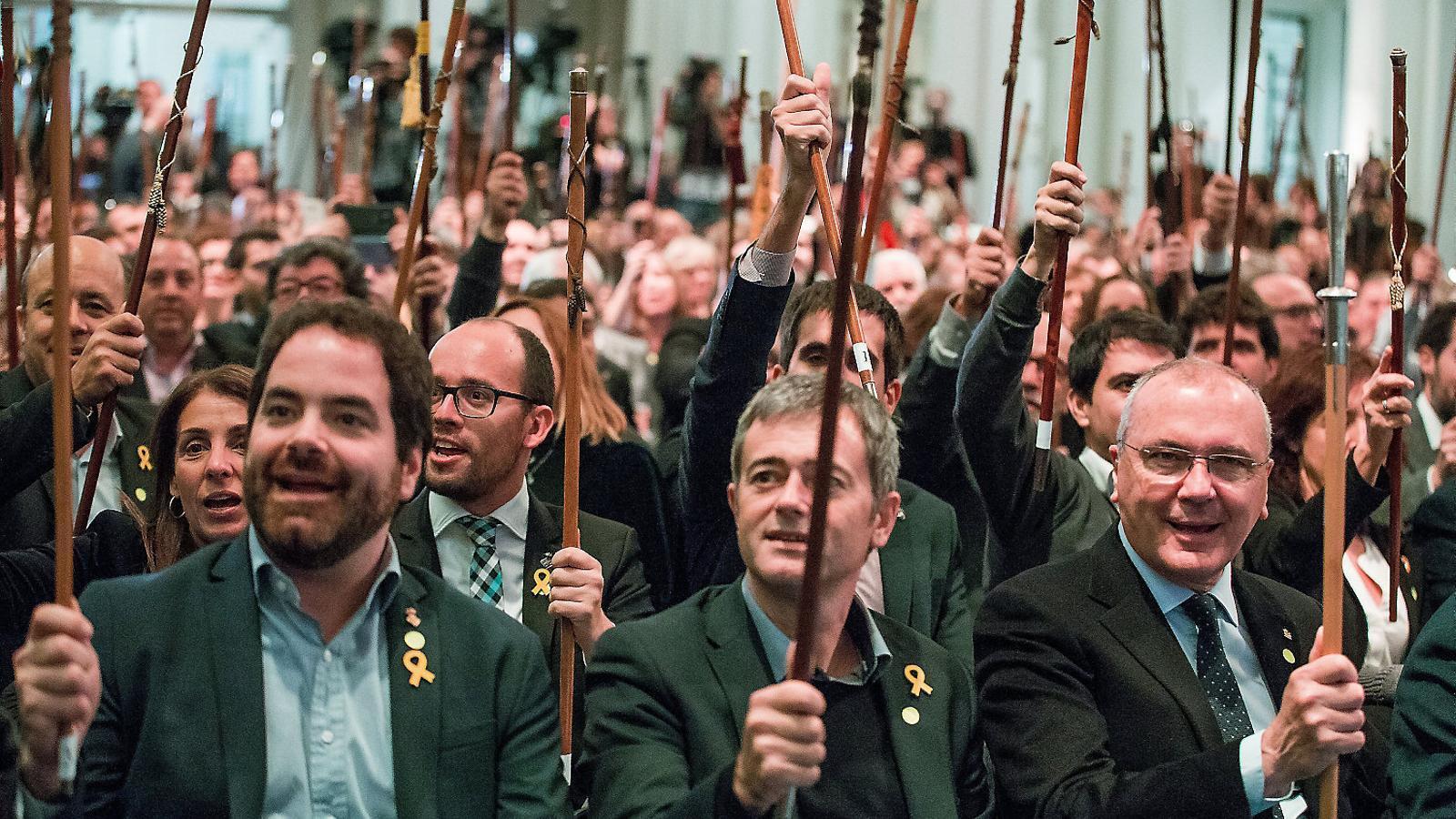 Hisenda adverteix els alcaldes que han viatjat a Brussel·les