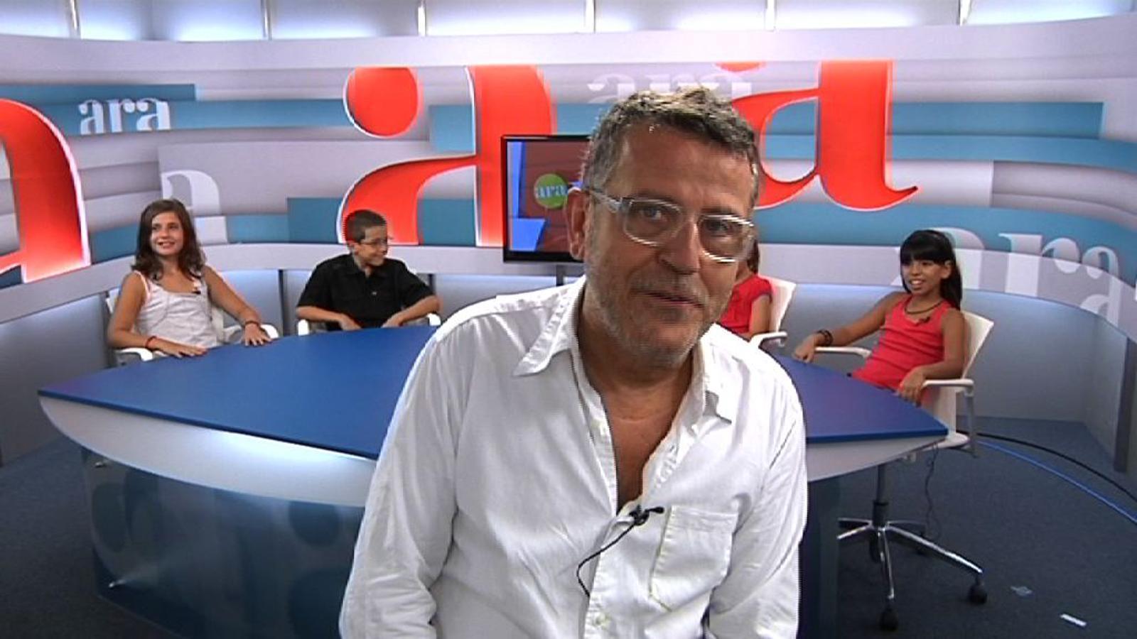 Ara Kids: El presentador de TV3 Lluís Canut entrevistat per criatures