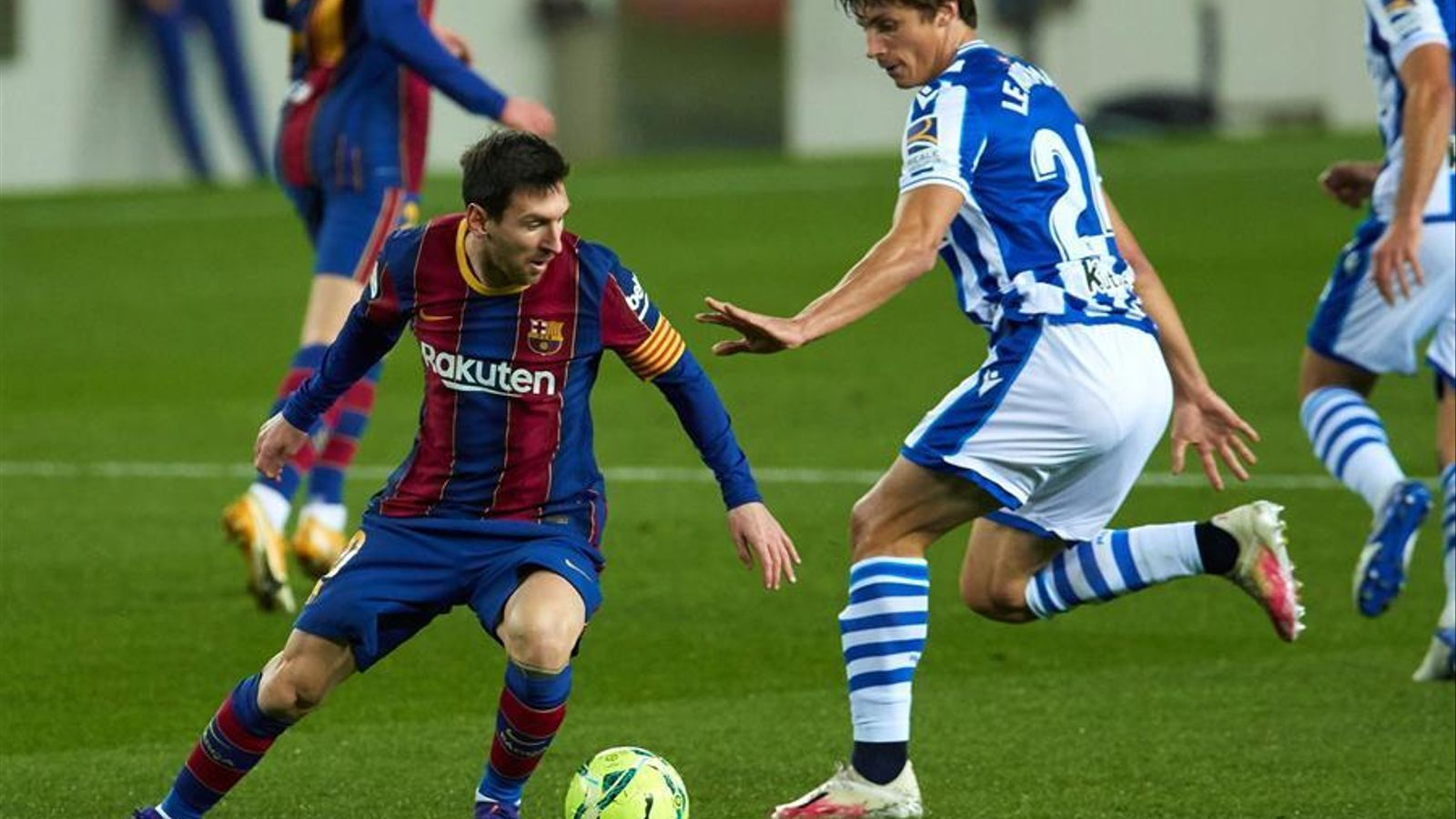 Messi, en acció contra la Reial Societat