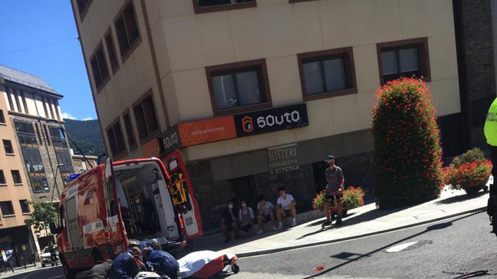 Retencions a la Massana per un accident amb moto implicada