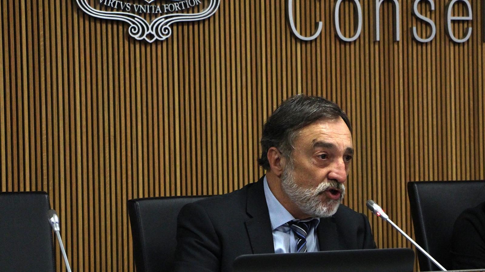 El raonador del ciutadà, Marc Vila, durant la seva compareixença davant un informe sobre l'avortament. Així ho ha avançat en la compareixença davant la comissió legislativa  de Justícia, Interior i Afers Institucionals. / M. F. (ANA)