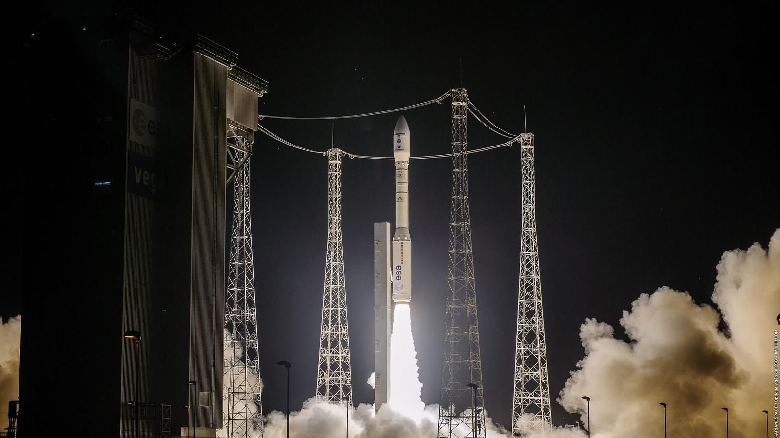 Enlairament del Vega amb el satèl·lit espanyol Ingenio