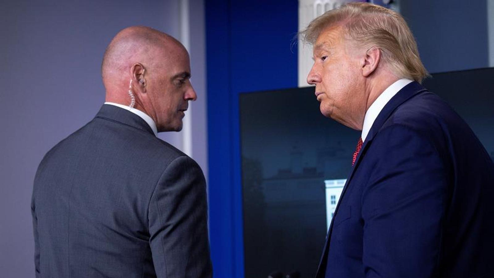 Treuen Trump d'una roda de premsa per un tiroteig al costat de la Casa Blanca