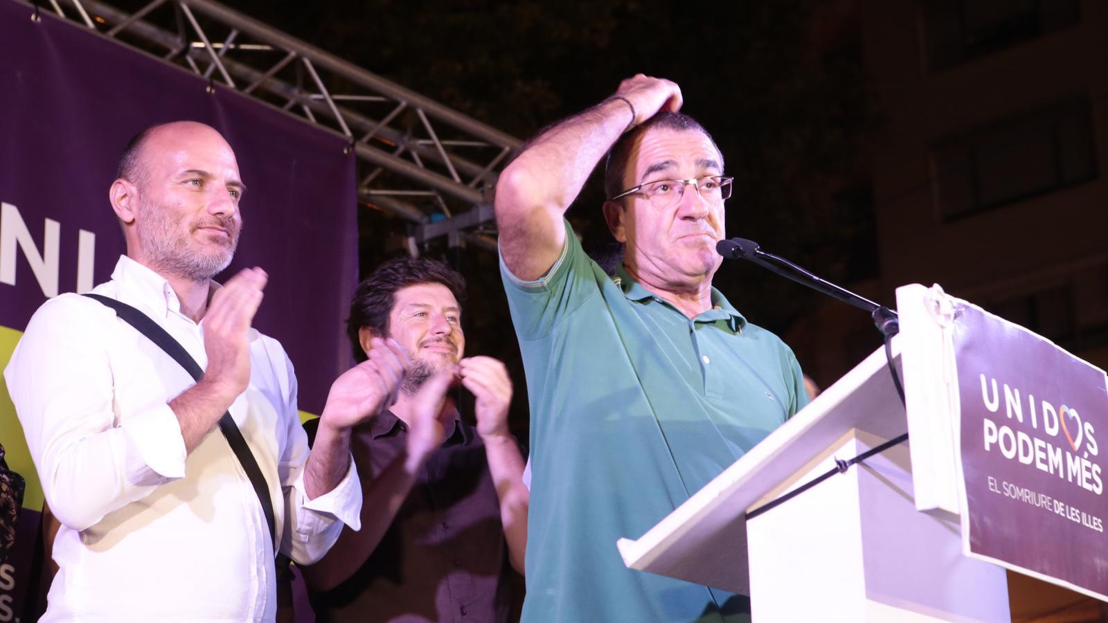 El cap de llista d'Units Podem Més es dirigeix a la militància.