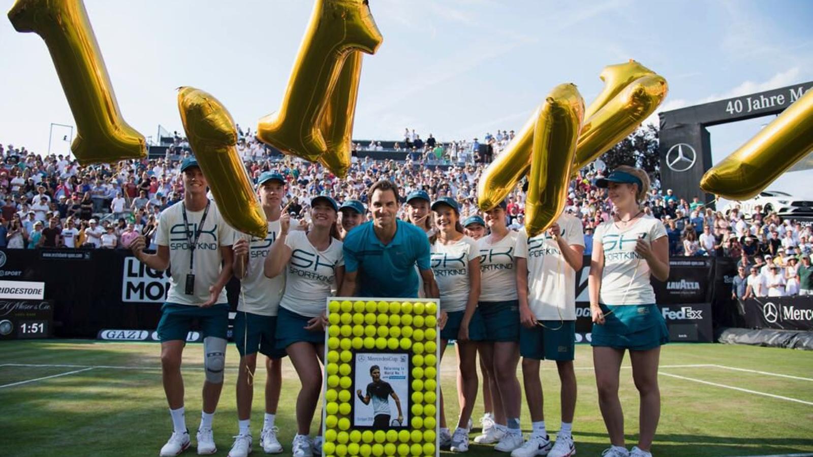 Federer guanya a Stuttgart i ja porta 98 títols a la seva carrera