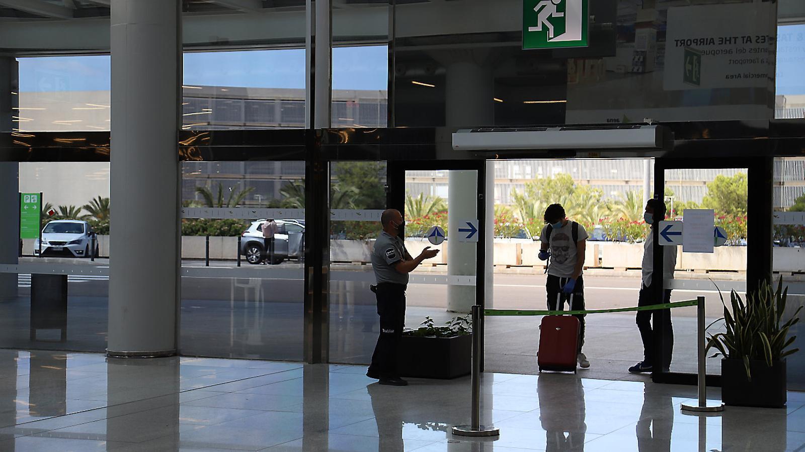 La indecisió de Madrid posa en perill el pla pilot de turisme de les Balears
