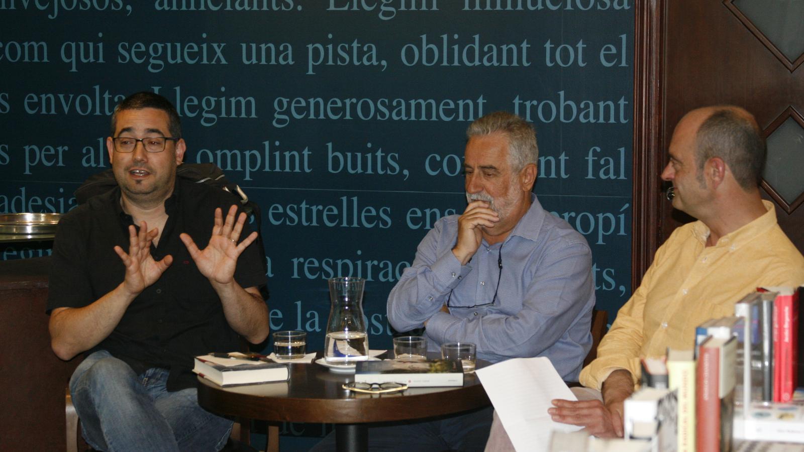 Jaume Claret, Rafel Nadal i Sebastià Alzamora, durant la presentació del llibre.