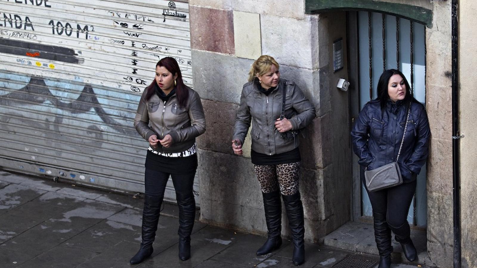 prostitutas camp nou prostitutas raval barcelona