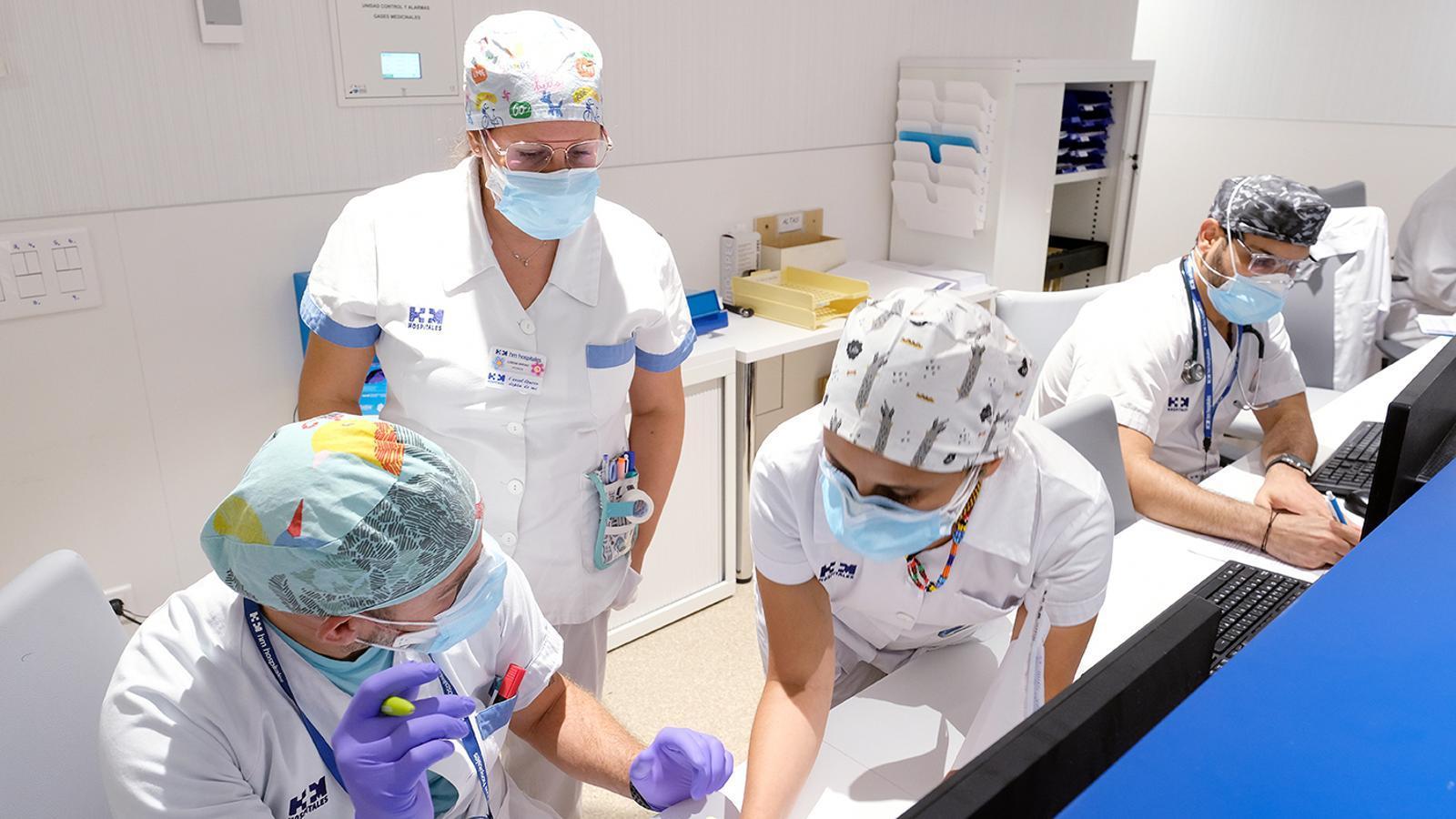 Imatge de plena activitat al control d'infermeria
