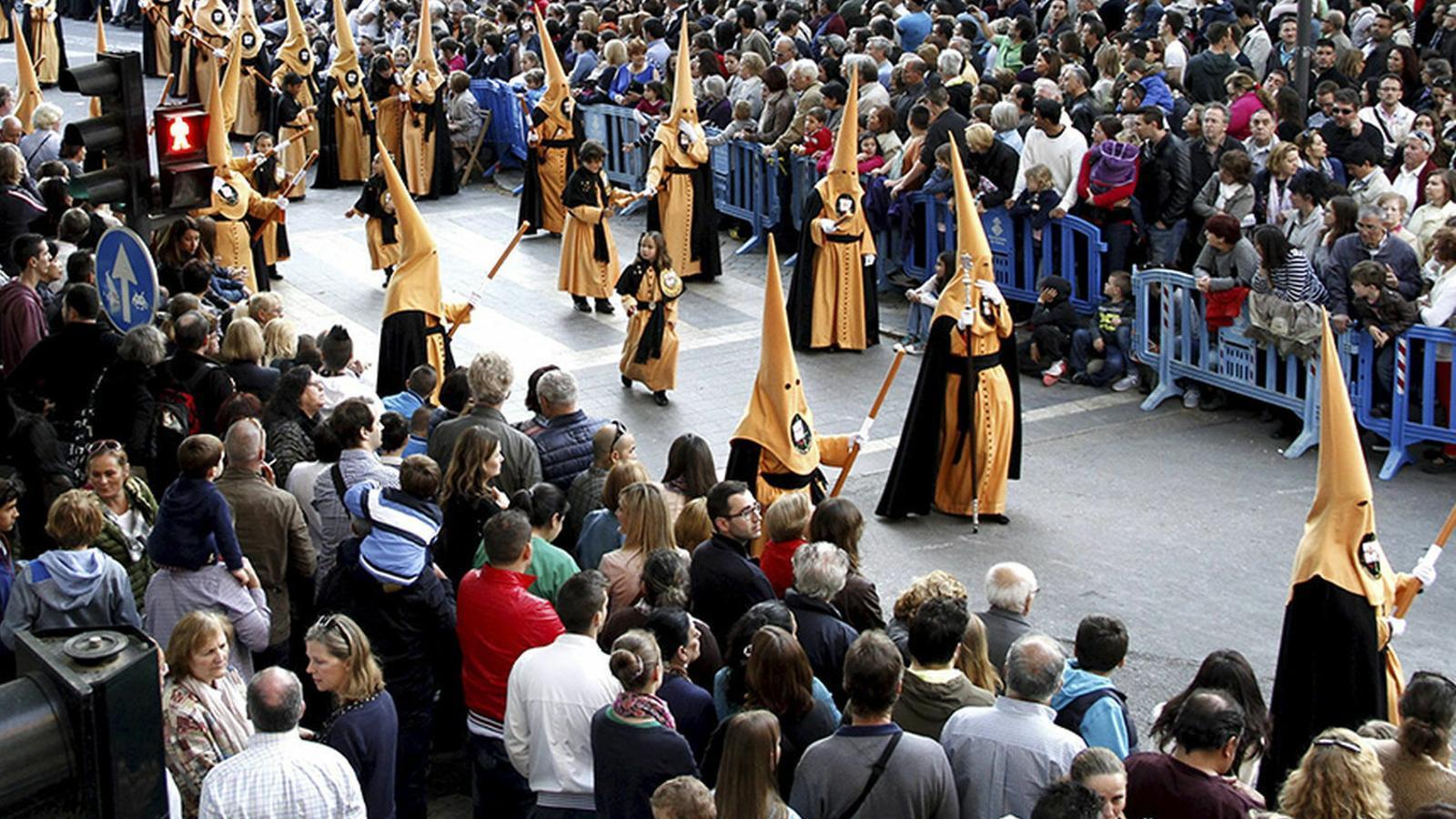 El Bisbat de Mallorca suspèn les processons i pregons de la Setmana Santa