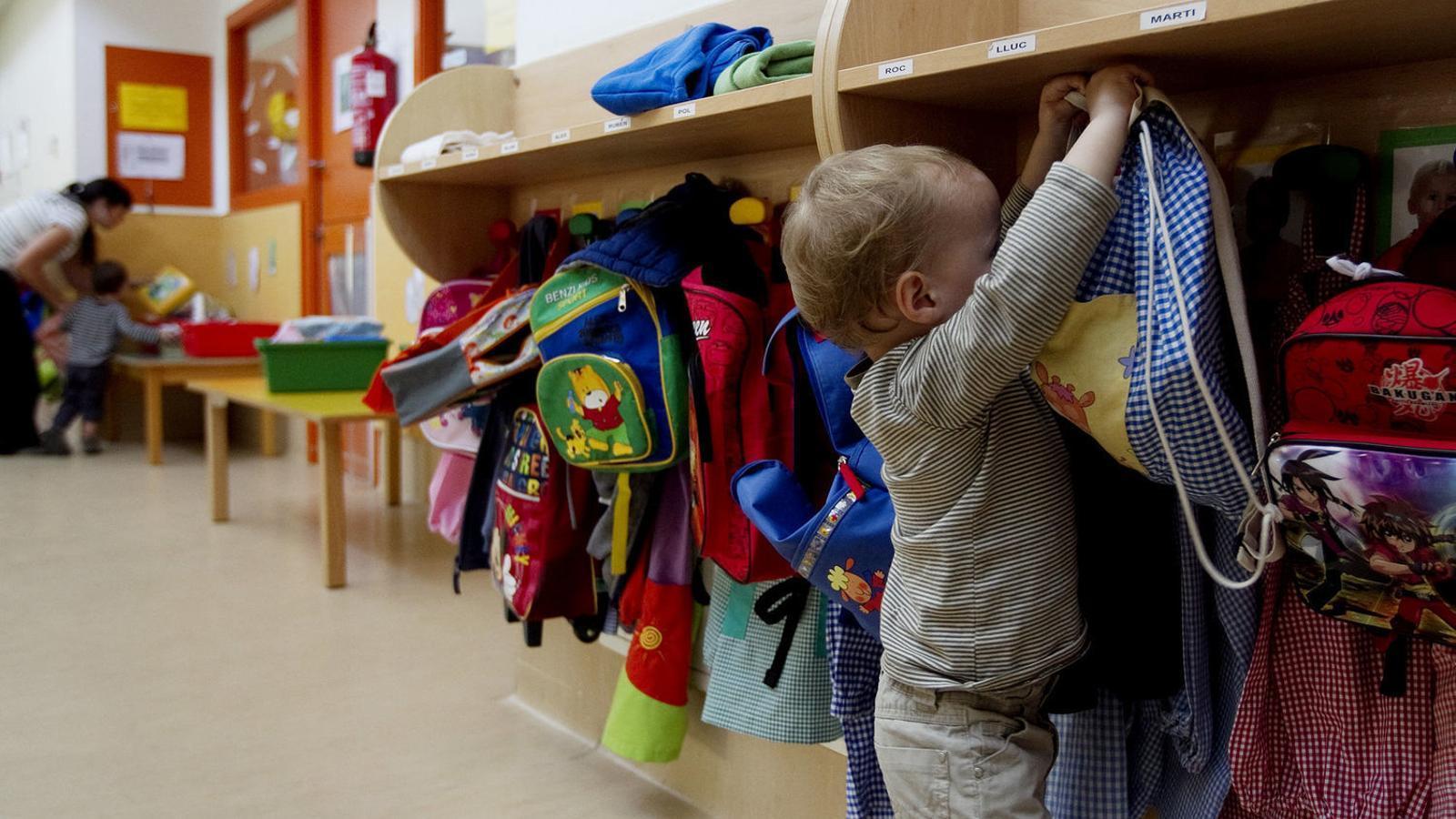 Les noves tarifes de les escoles bressol de Barcelona han encarit el preu a un terç de les famílies