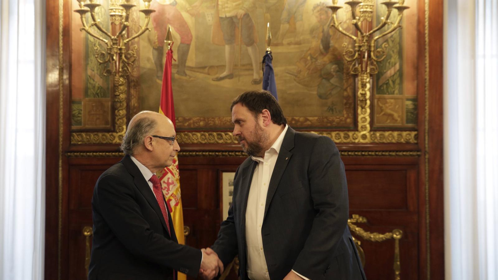 Cristóbal Montoro i Oriol Junqueras aquest divendres a tarda al ministeri d'Hisenda