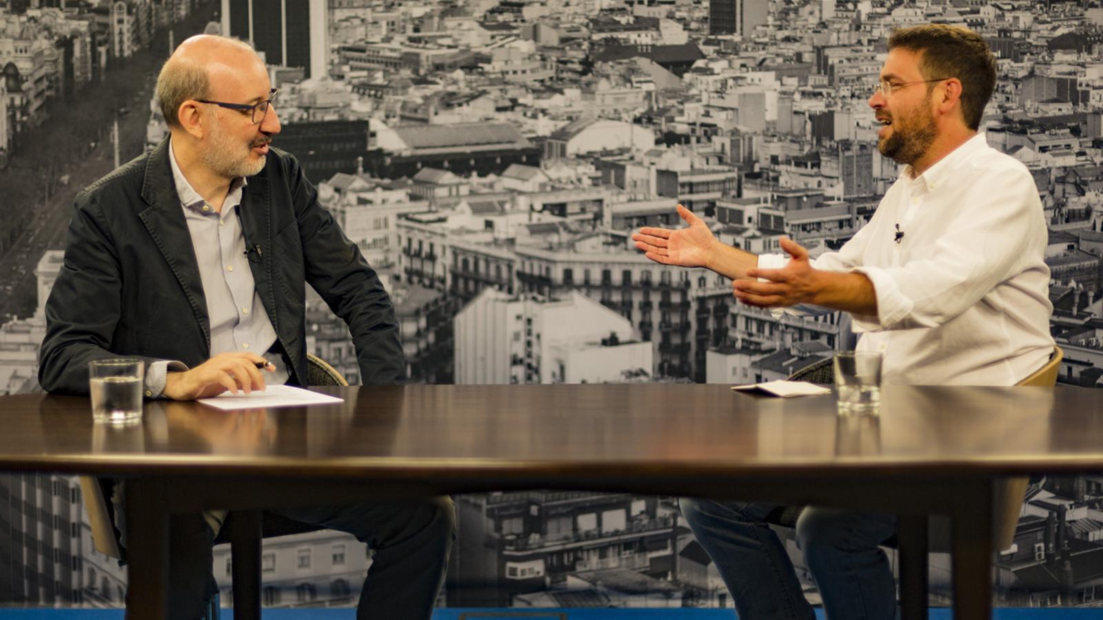 Entrevista d'Antoni Bassas a Albano Dante Fachin