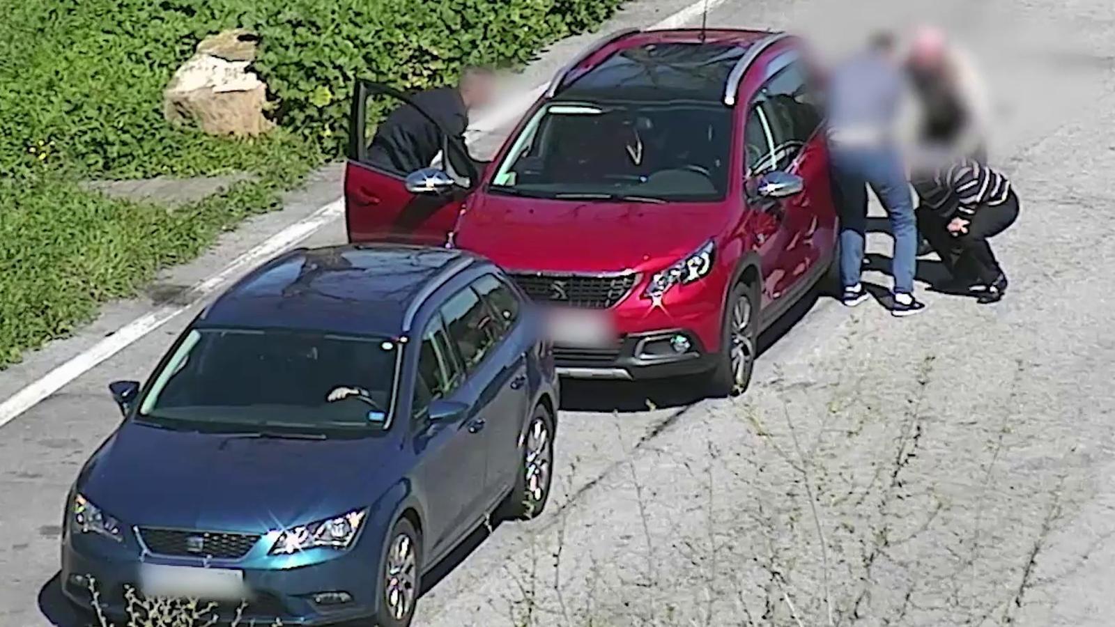 Vídeos d'alguns dels robatoris que hauria comès la banda de l'AP-7