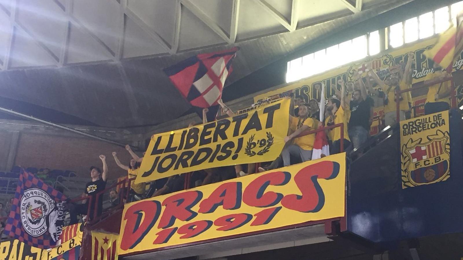Pancarta dels Dracs 1991