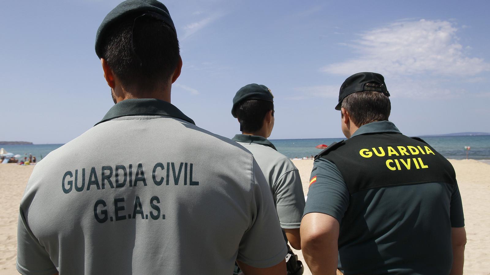 Membres del Grup Especial d'Activitats Subaquàtiques (GEAS)./ ARXIU