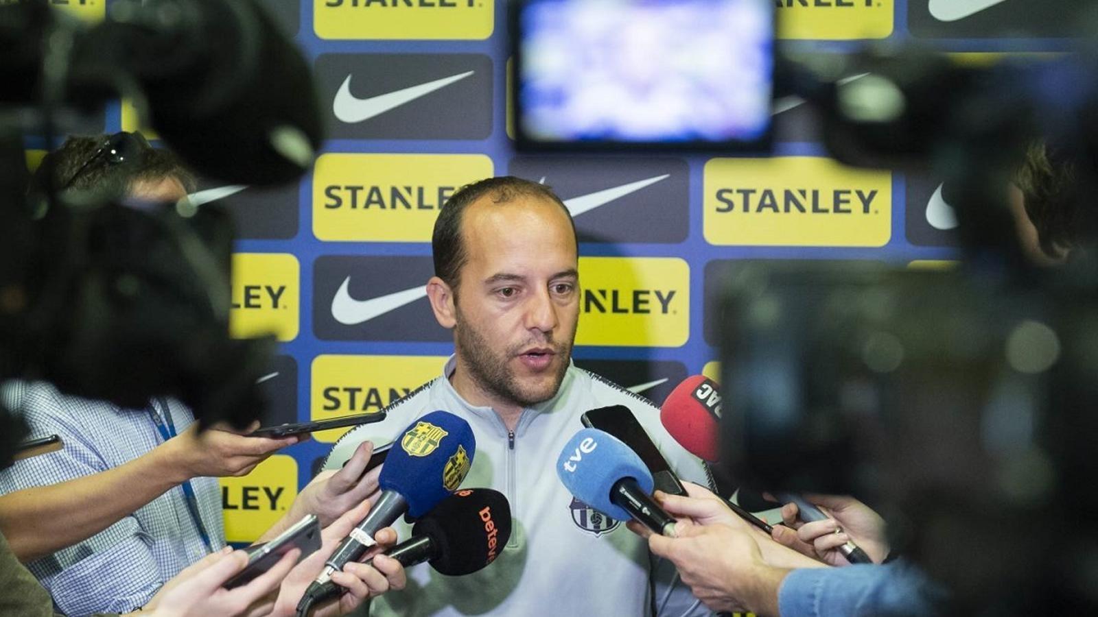 Lluís Cortés, entrenador del Barça femení