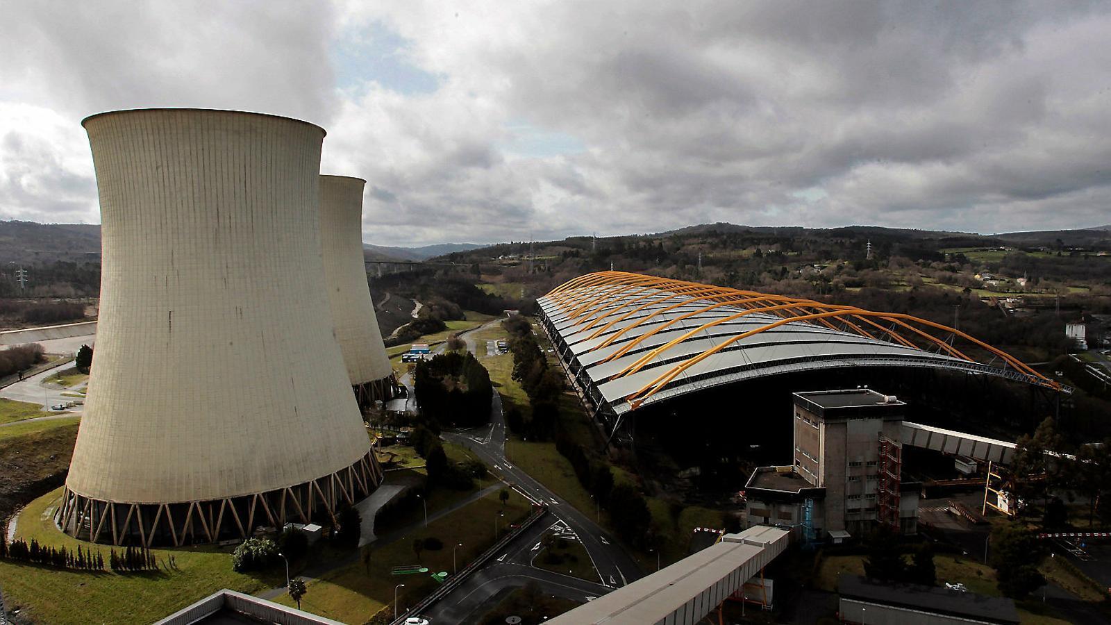 El boom de les renovables accelera la fi del carbó en benefici dels usuaris