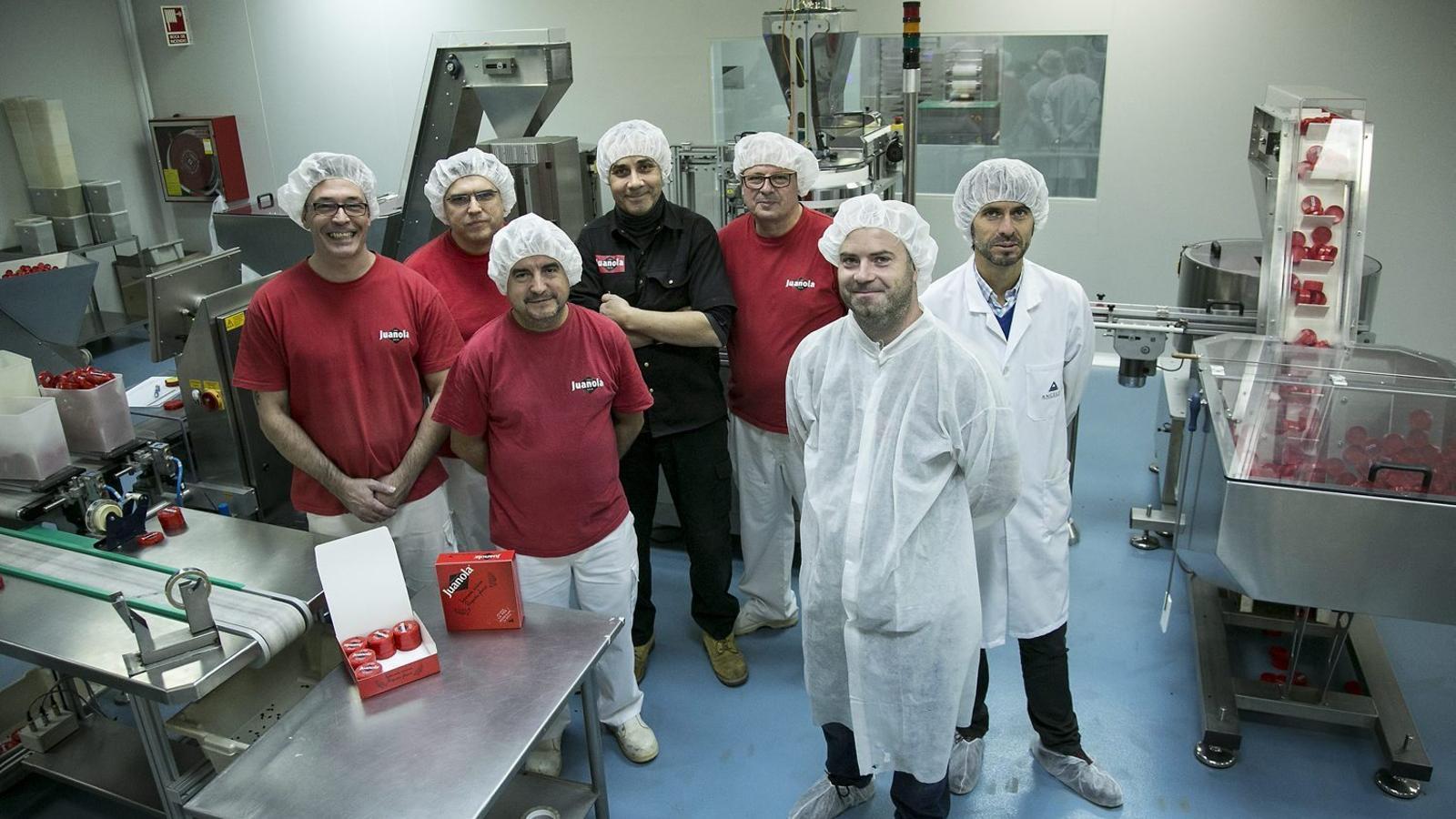 Els set homes que  hi ha darrere les pastilles Juanola