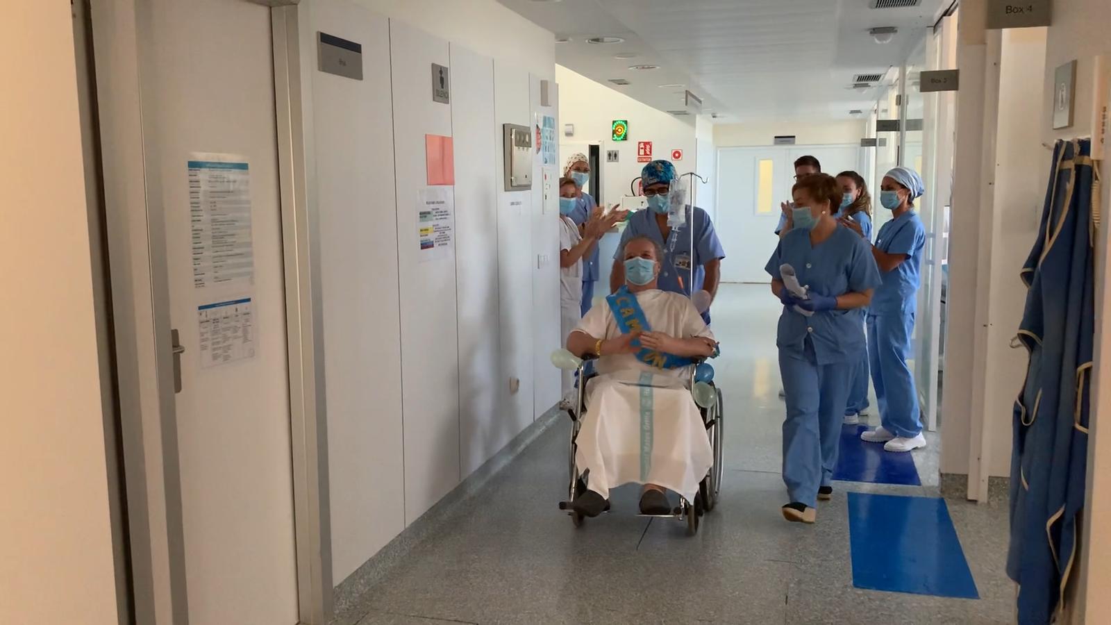 El servei de Cures Intensives de l'hospital Mateu Orfila ha donat d'alta l'últim pacient amb covid-19