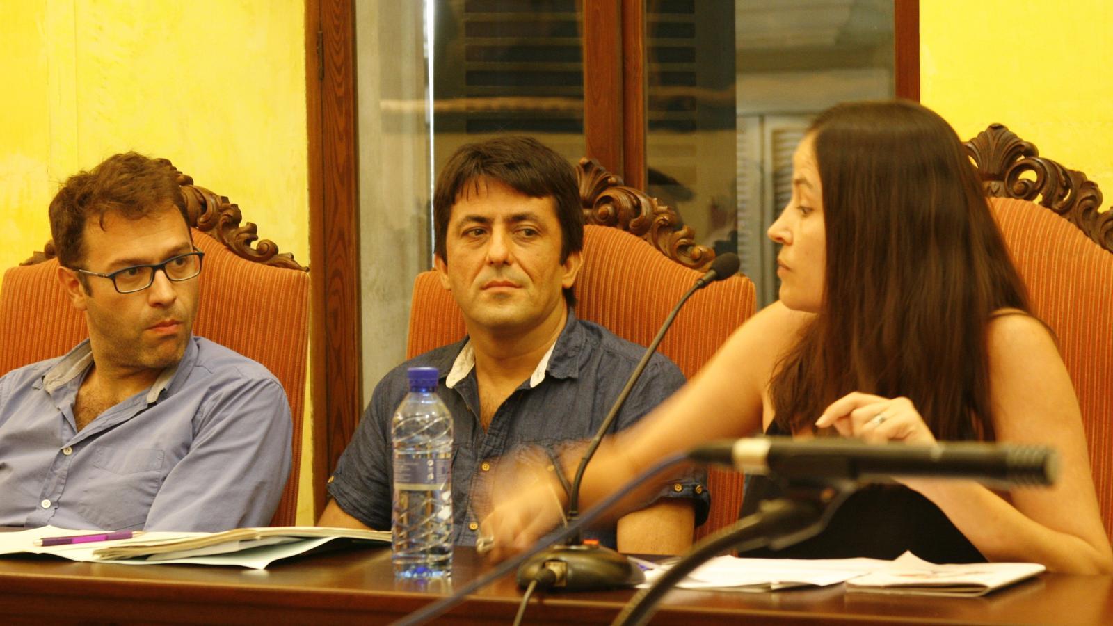 Cristina Capó presentà la creació d'una comissió pel canvi de noms i vies públiques.