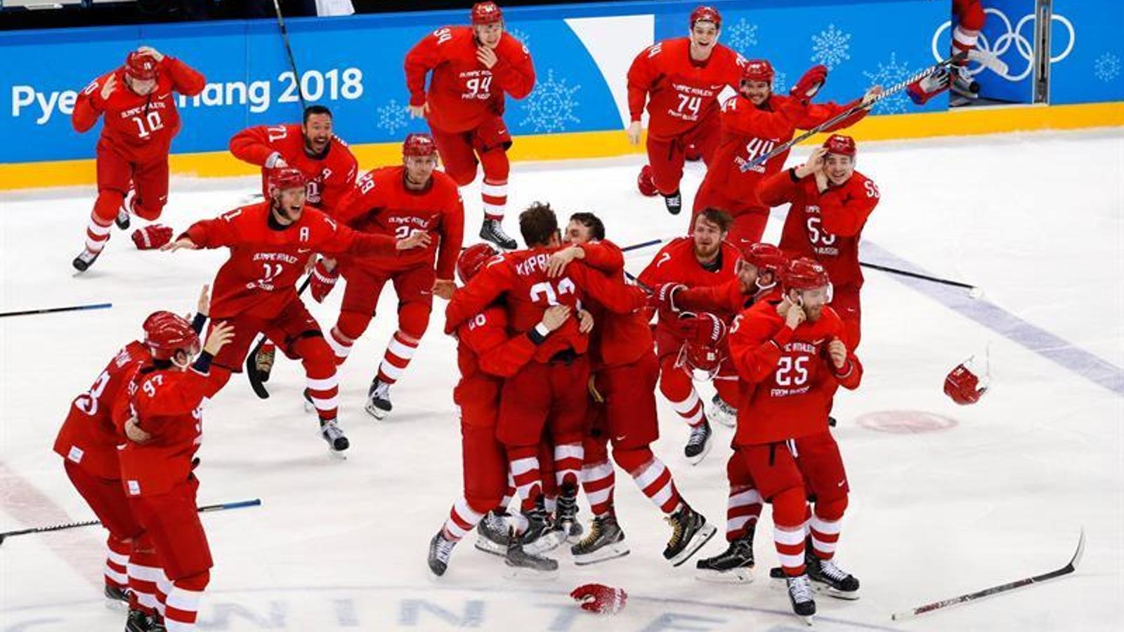 Rússia, campiona en hoquei sobre gel