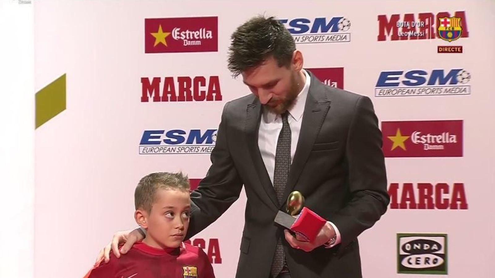 Messi rep el cor d'or pel seu treball amb la seva Fundació i la lluita contra el càncer infantil