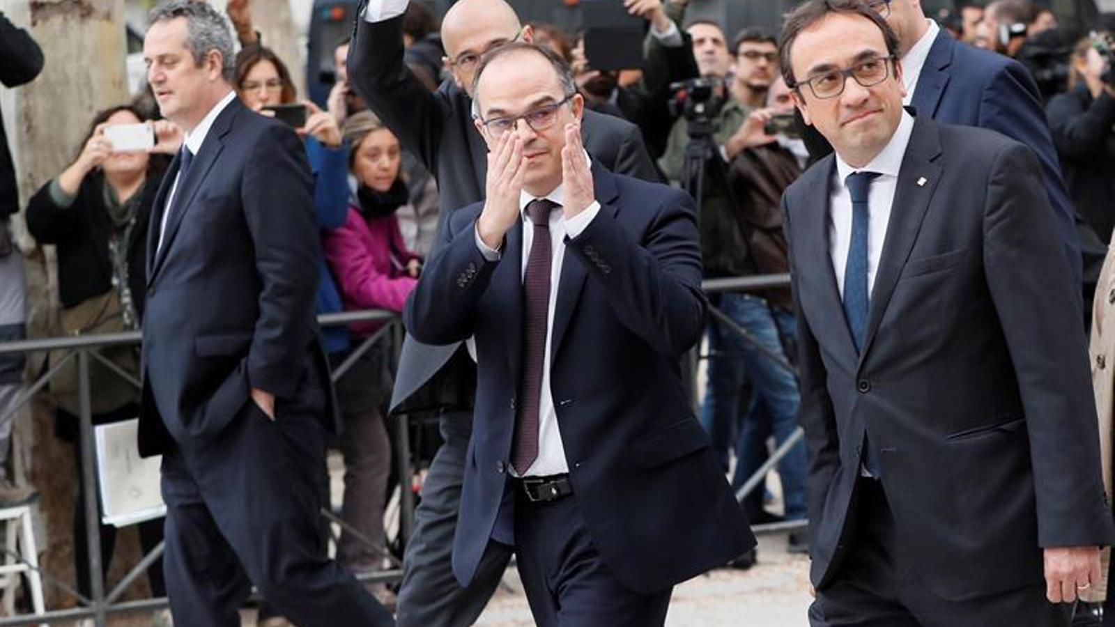 D'esquerra a dreta, Joaquim Forn, Raül Romeva, Jordi Turull i Josep Rull