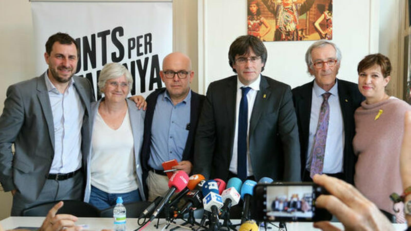 L'aval a Puigdemont per al 26-M fa aflorar la divisió judicial