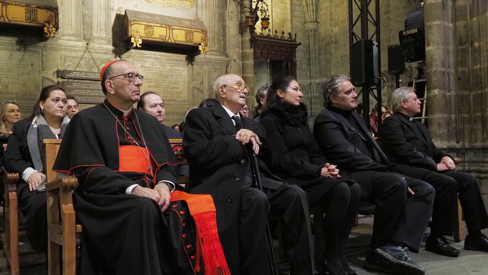 Els familiars de Montserrat Caballé a la cerimònia de comiat a la catedral de Barcelona