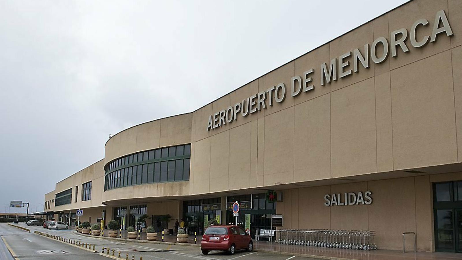 L'aeroport menorquí acollirà el primer sistema de control virtual que s'implantarà a l'Estat espanyol.