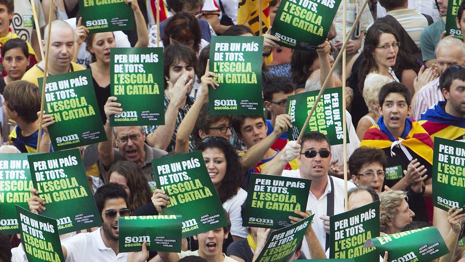 Sectors del PSC defensen blindar la immersió lingüística al full de ruta del partit