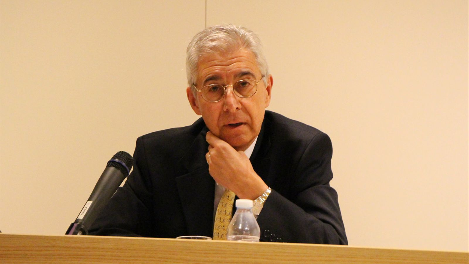 L'exmagistrat Josep Casadevall, en una conferència. / B. N. (ANA)