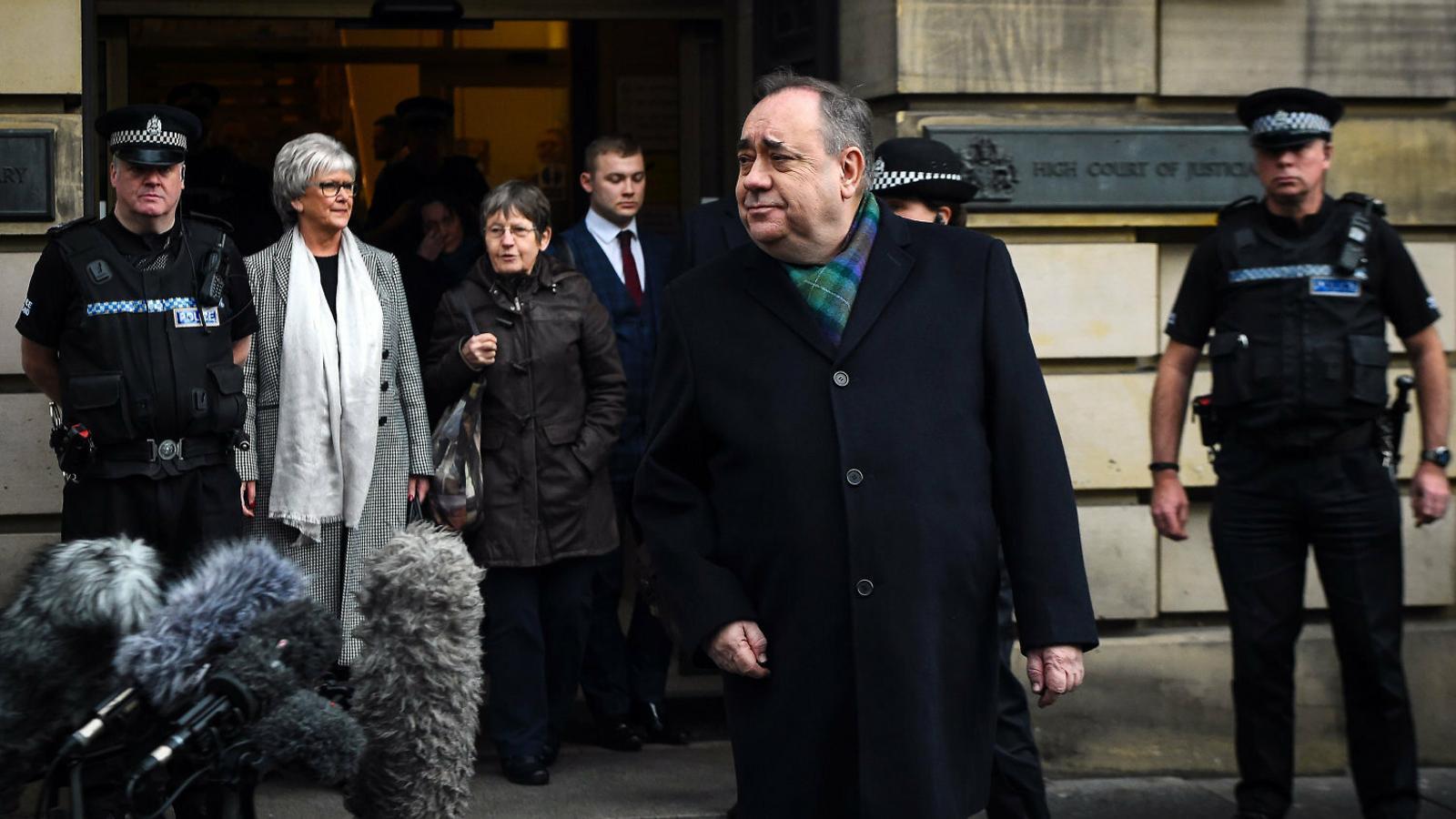 Salmond serà jutjat per 14 presumptes delictes sexuals