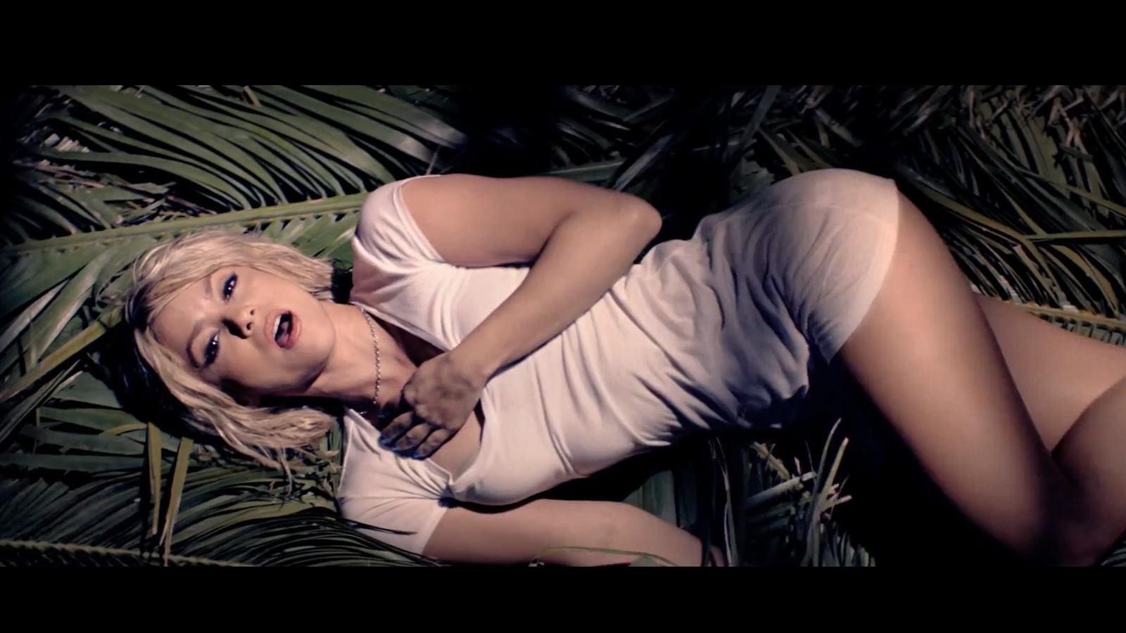 Nou videoclip de Shakira 'Im addicted to you'
