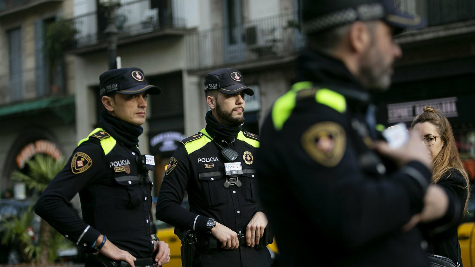 Multes, conflictes de convivència i excrements: el confinament a Barcelona