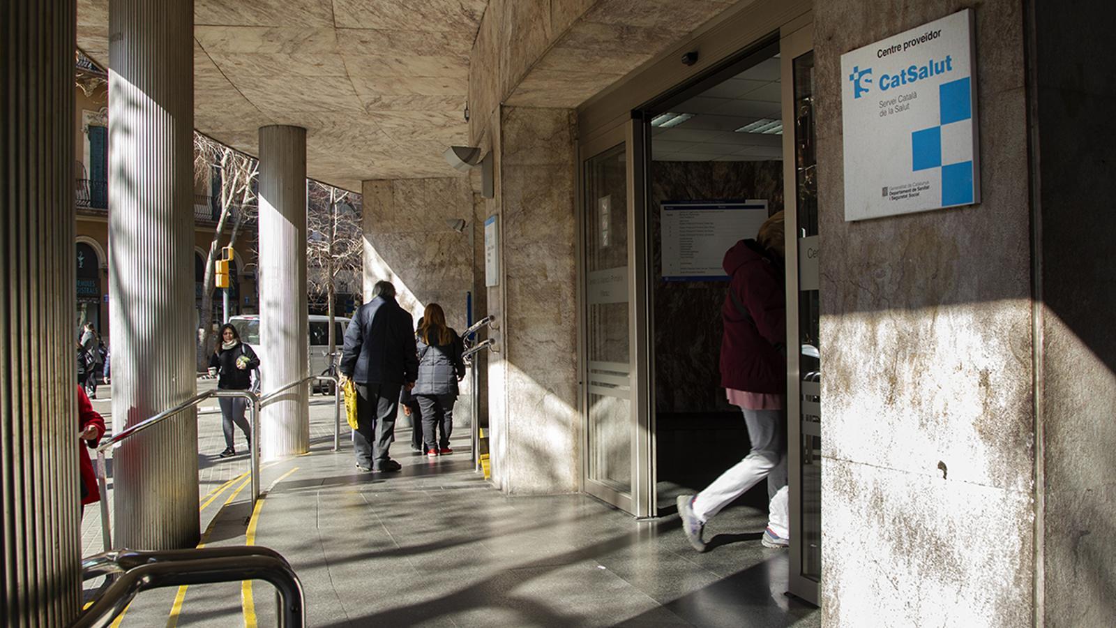 CAP del carrer Manso al barri de Sant Antoni de Barcelona