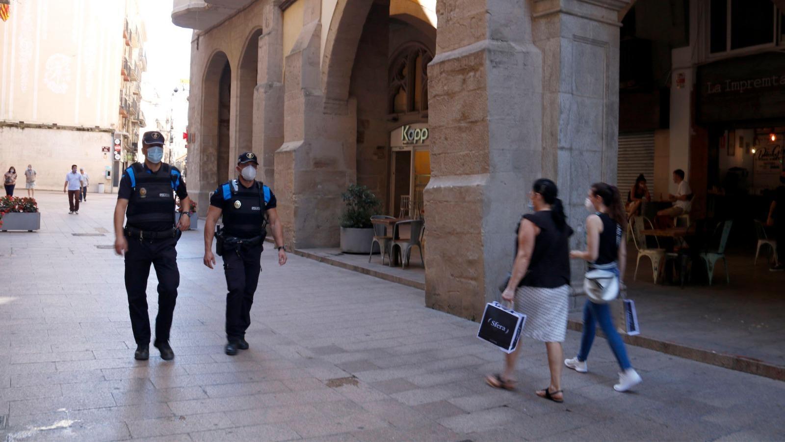 Por de més rebrots a Lleida; la selectivitat comença avui, sense mascareta; Bartomeu dona explicacions sobre l'auditoria: les claus del dia, amb Antoni Bassas (07/07/2020)