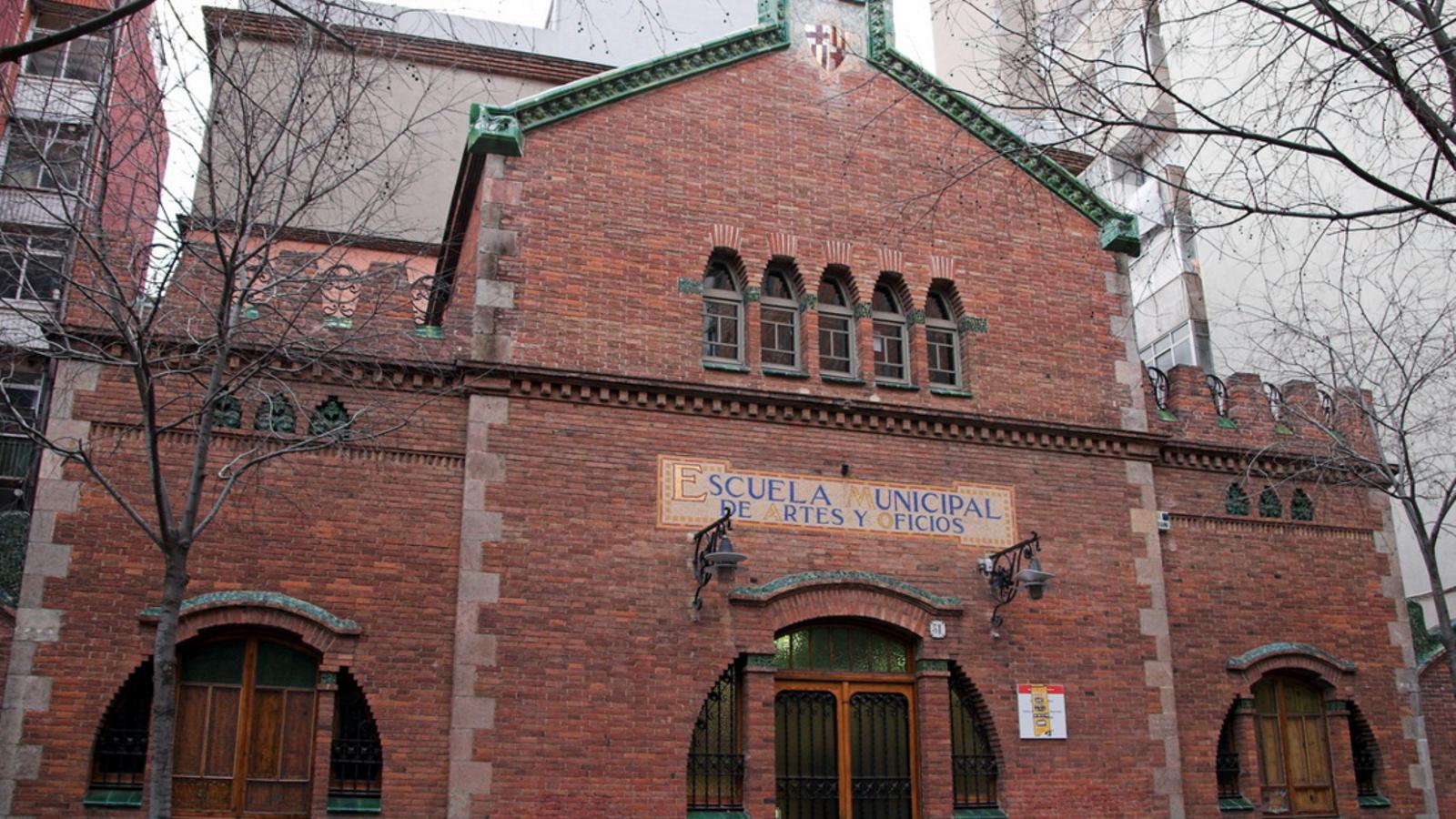 El jutge investigarà la responsabilitat del Consorci d'Educació de Barcelona pel cas de la conserge que hauria assetjat un menor