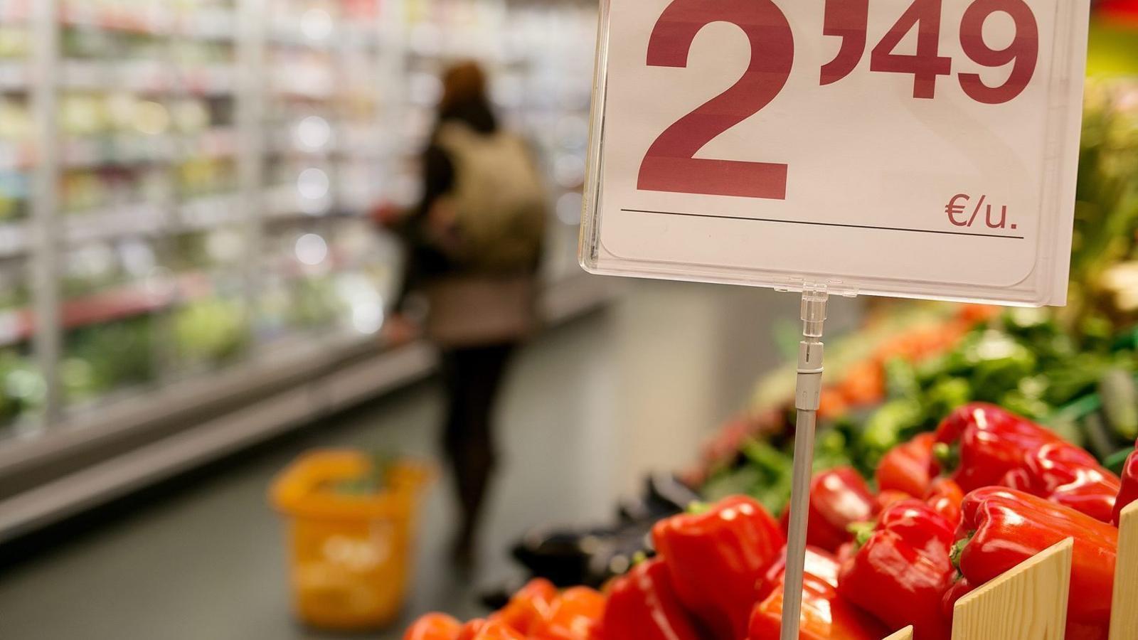 Els preus es van moderar a Balears el mes d'octubre però la mitjana interanual continua de les més altes de l'Estat.