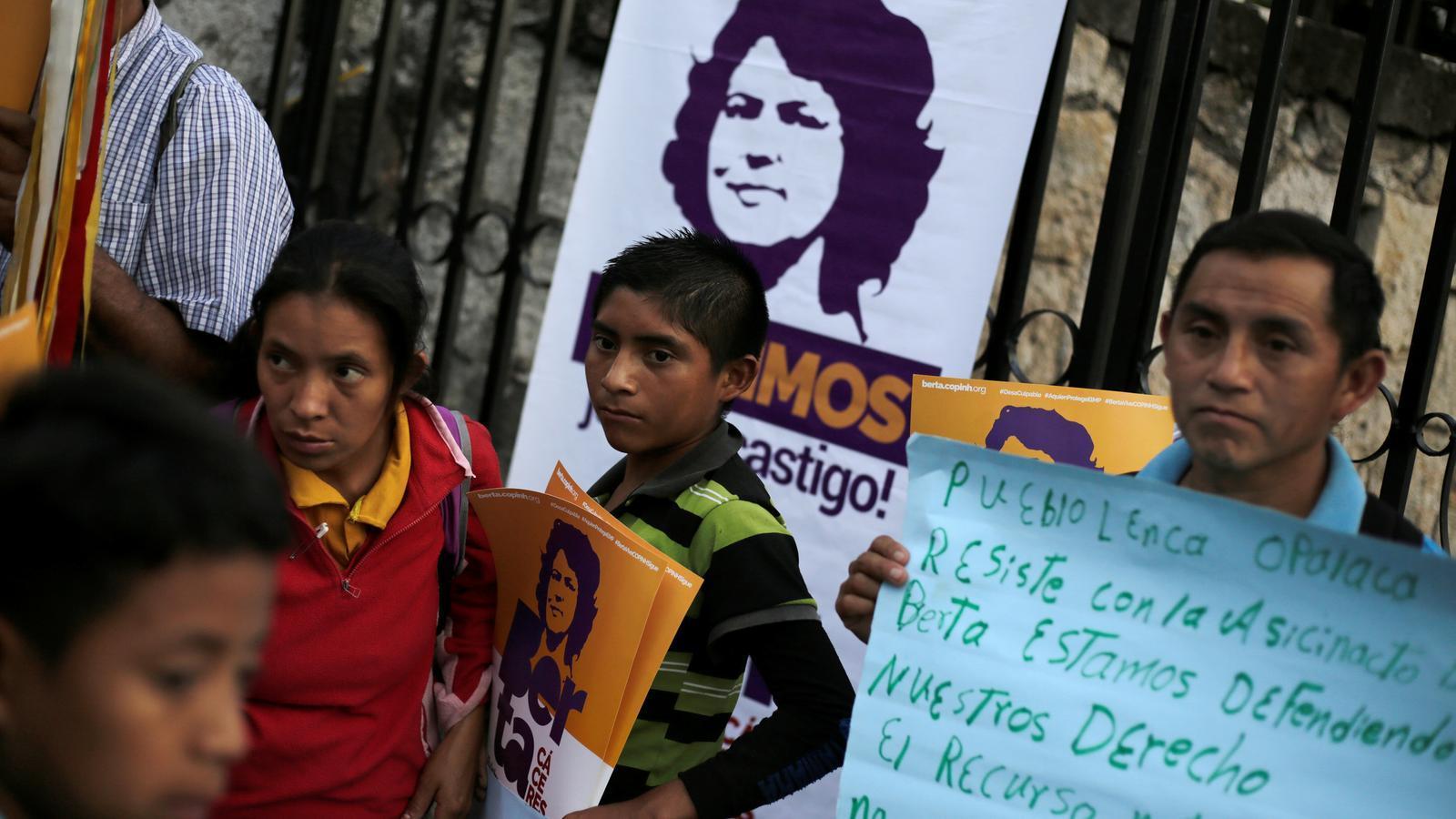 Condemna per l'assassinat de l'activista Berta Cáceres