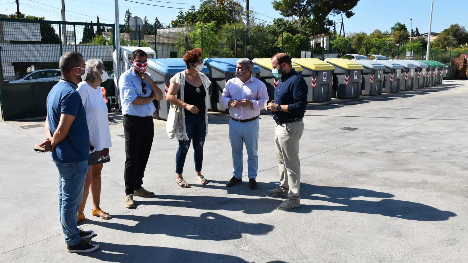 Un moment de la visita institucional a la nova deixalleria.