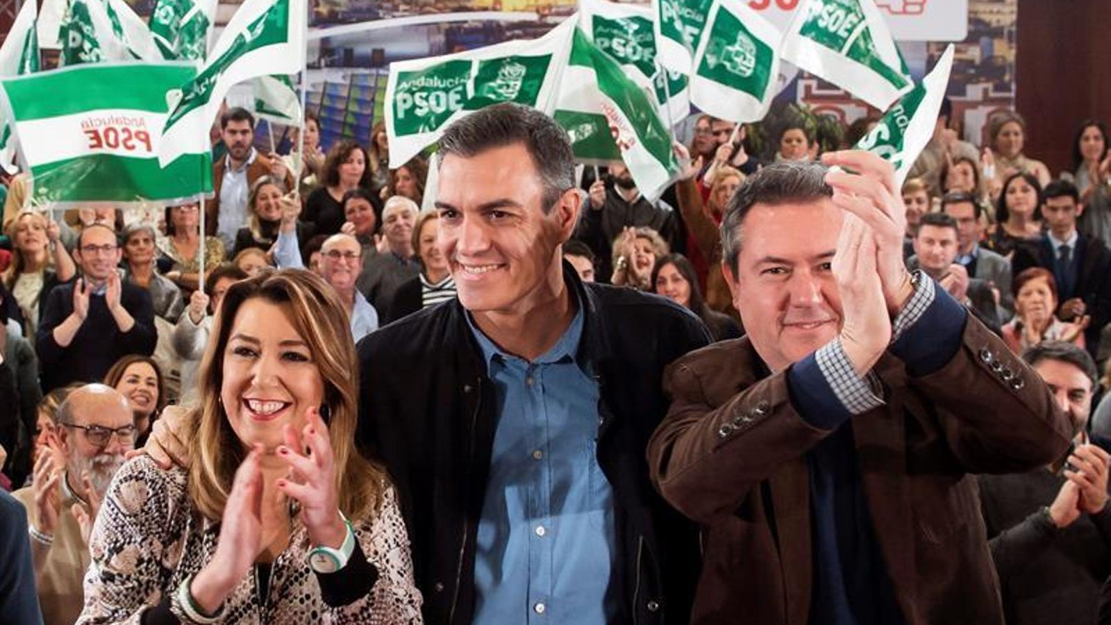 """Sánchez acusa Casado de voler """"involucionar 40 anys"""""""
