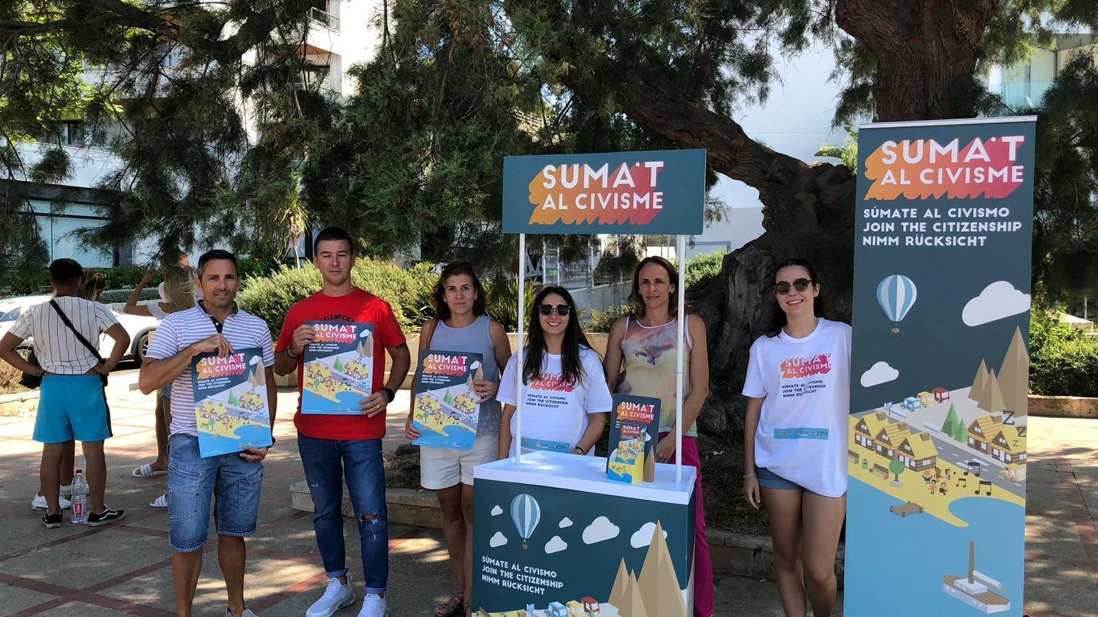 La campanya es fa en quatre idiomes: català, castellà, inglès i alemany.