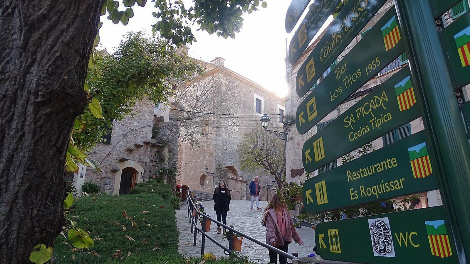El turisme no organitzat impulsa viatges més curts