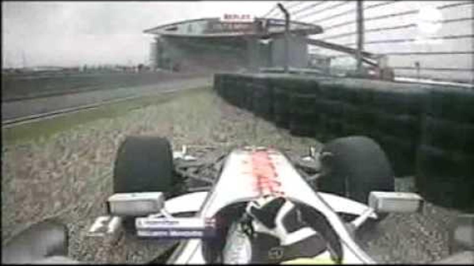 Hamilton es retira del GP de la Xina del 2007