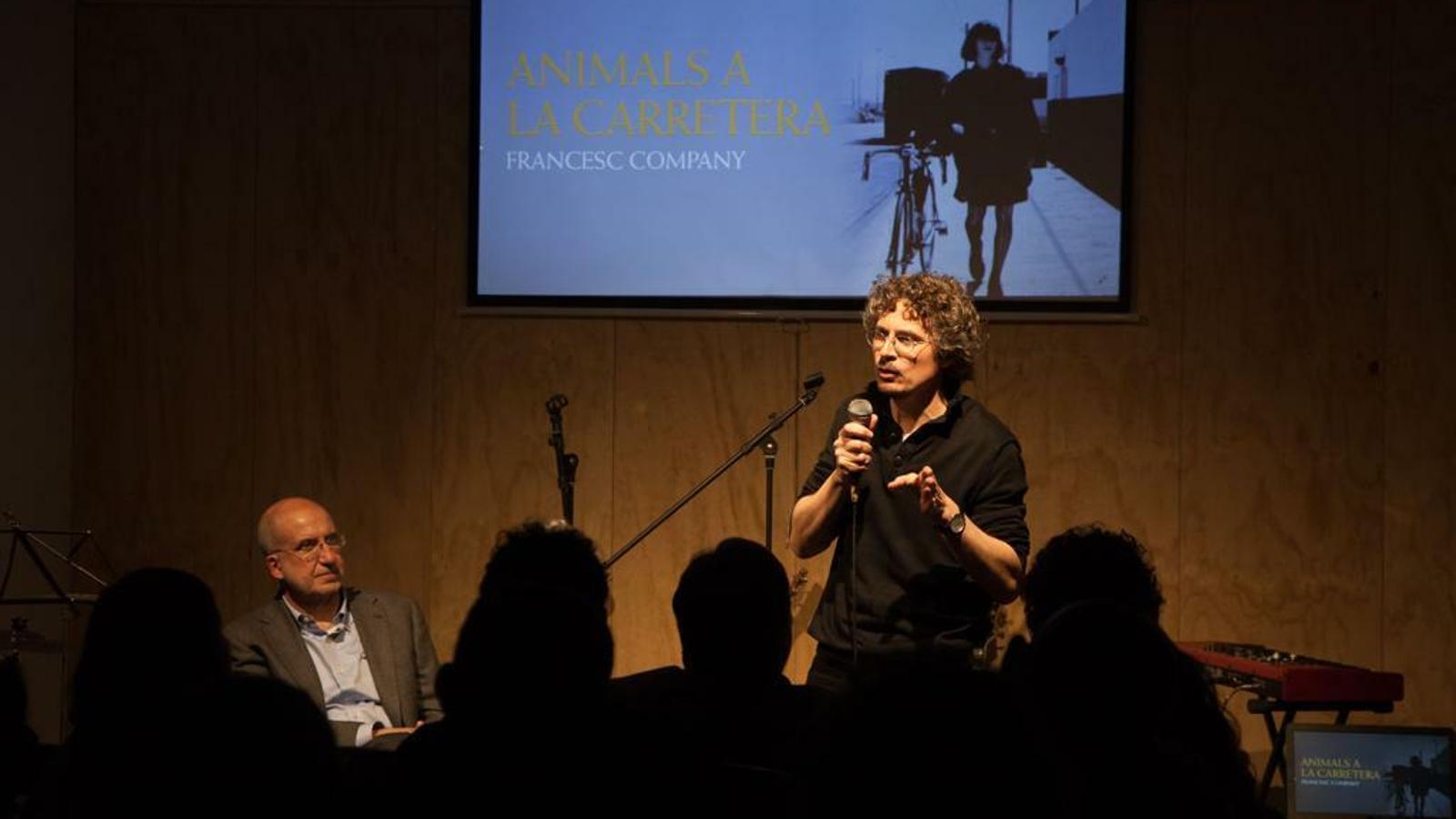 Francesc Company, amb el presentador Joan Company