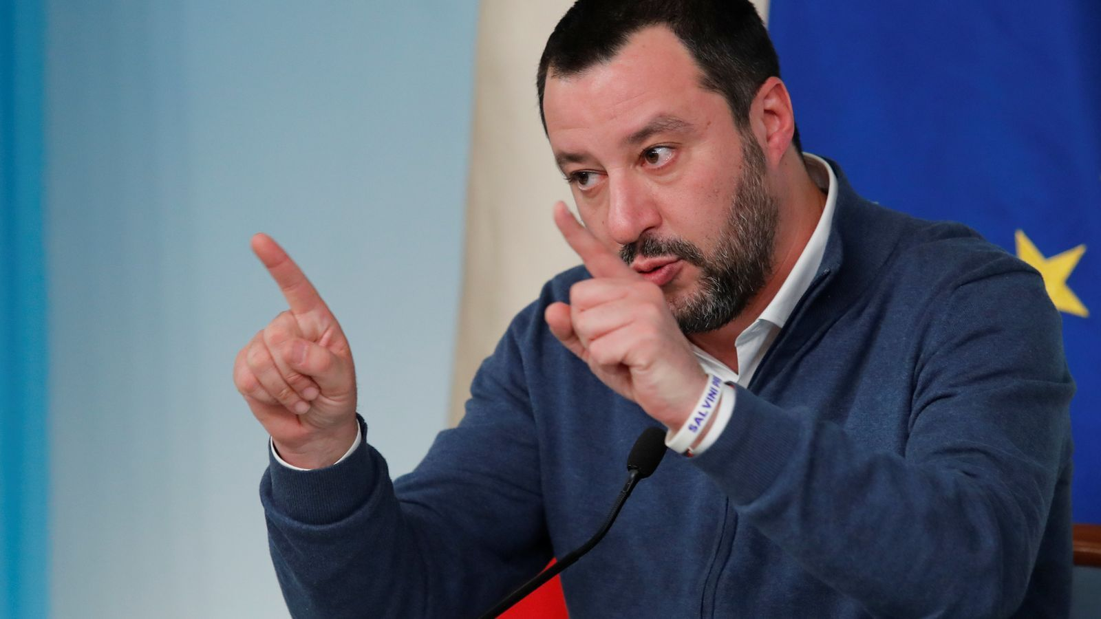 Salvini desallotja el segon centre d'acollida de refugiats més gran d'Itàlia