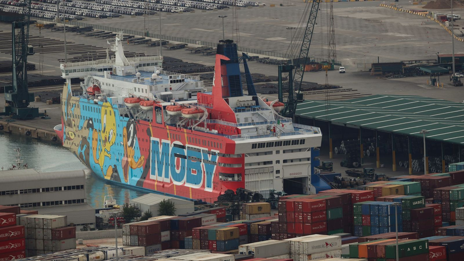 El vaixell de Piolín per allotjar policies revoluciona les xarxes