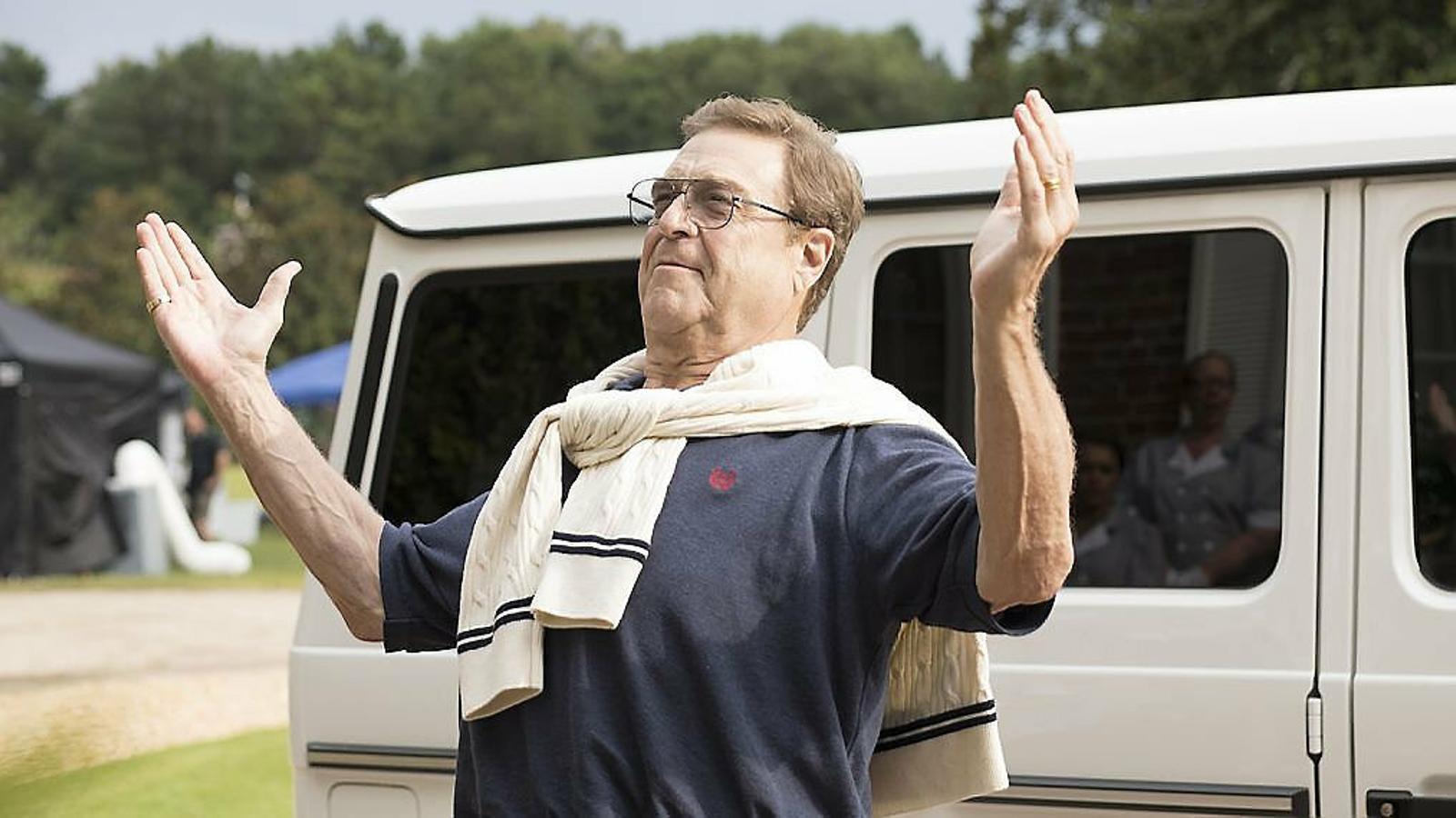John Goodman interpreta un telepredicador que ha aixecat un imperi que ara es disputen els fills.